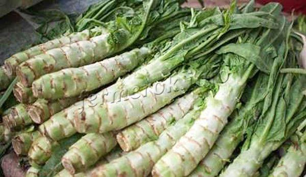Фото стеблевого салата