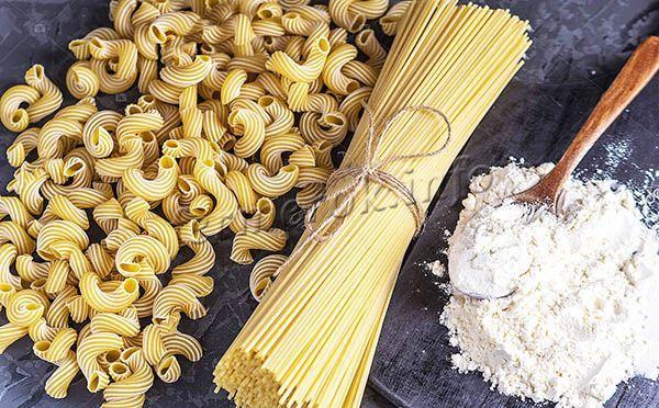 Итальянские макароны, известные своим вкусом и качествами, делаются исключительно из твердых сортов пшеницы