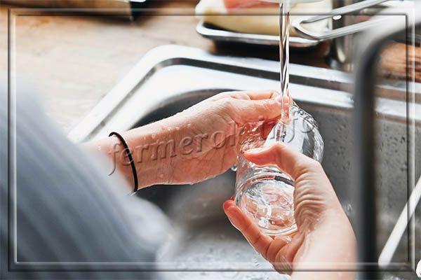 Чтобы измерять продукты граненым стаканом, он должен быть чистым