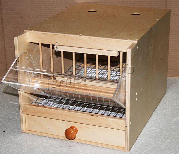Клетка должна быть изготовлена из прочных, качественных материалов, которые не сломаются через неделю